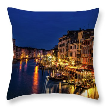 Throw Pillow featuring the photograph Twilight From The Rialto Bridge by Andrew Soundarajan