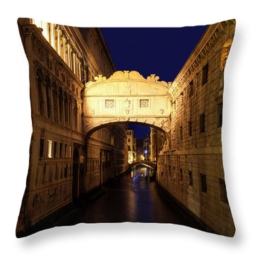 Throw Pillow featuring the photograph Twilight Over The Bridge Of Sighs by Andrew Soundarajan