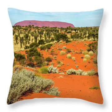 Throw Pillow featuring the photograph Uluru 01 by Werner Padarin