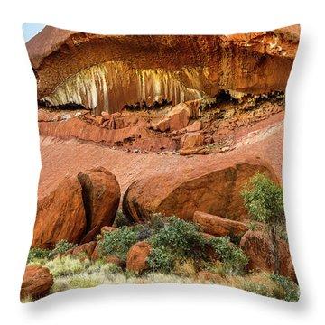 Throw Pillow featuring the photograph Uluru 06 by Werner Padarin