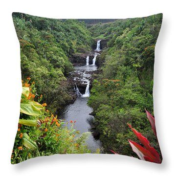 Umauma Falls Hawaii Throw Pillow
