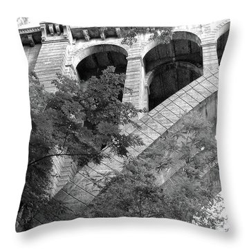 Throw Pillow featuring the photograph Under The Henry Avenue Brudge by Bill Cannon