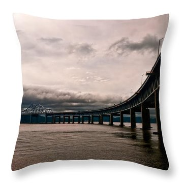 Under The Tappan Zee Throw Pillow