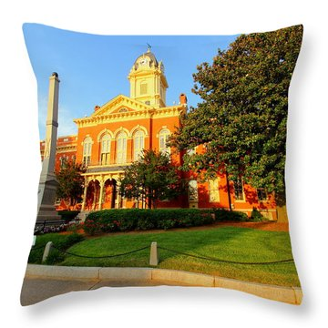 Union County Court House 10 Throw Pillow