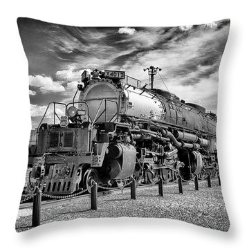 Throw Pillow featuring the photograph Union Pacific 4-8-8-4 Big Boy by Paul W Faust - Impressions of Light