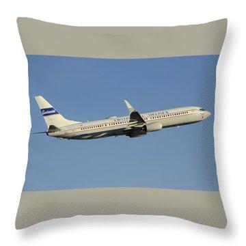 United Boeing 737-924 N75436 Retro Continental Phoenix Sky Harbor December 9 2015 Throw Pillow