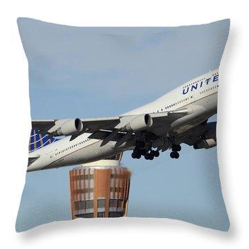 United Boeing 747-422 N128ua Phoenix Sky Harbor January 2 2015 Throw Pillow by Brian Lockett