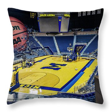 University Of Michigan Basketball Throw Pillow by Nicholas Grunas