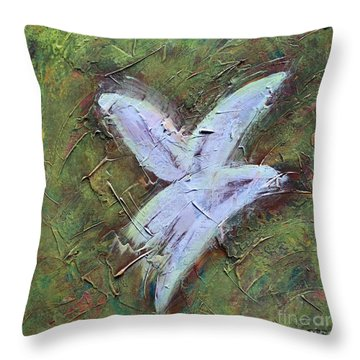Upon Angels Wings Throw Pillow