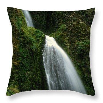 Upper Wahkeena Falls Throw Pillow