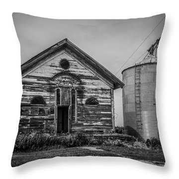 Throw Pillow featuring the photograph Valedictorian  by Ray Congrove