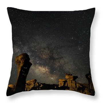 Valley Of Dreams Throw Pillow