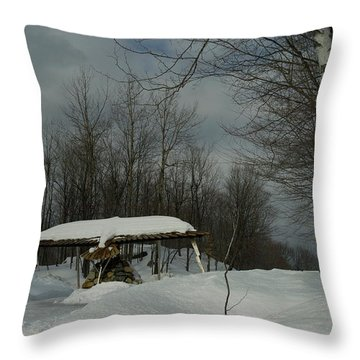 Vamo'alla Throw Pillow