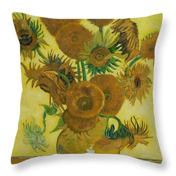 Vase Withfifteen Sunflowers Throw Pillow