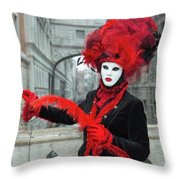 Venetian Lady At The Bridge Of Sighs Throw Pillow