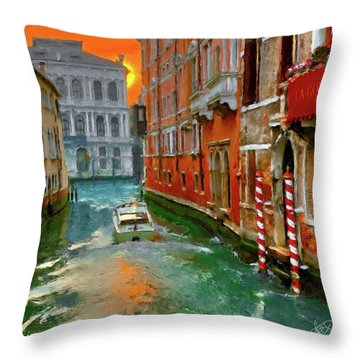 Venezia. Ca'gottardi Throw Pillow