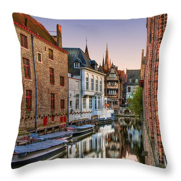 Venice Of The North Throw Pillow