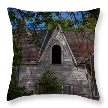 Ventilated Throw Pillow