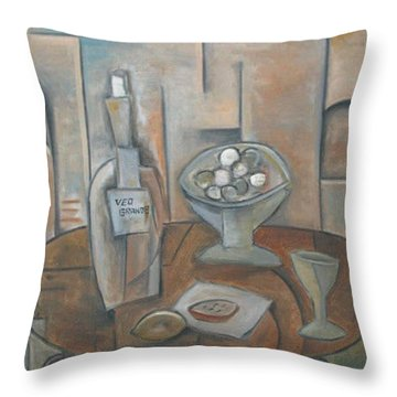 Veo Grande Throw Pillow by Trish Toro