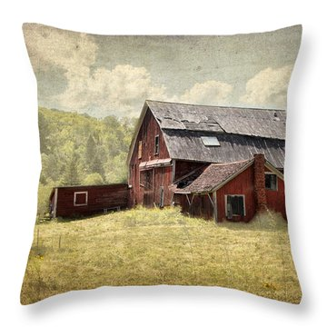 Vermont Red Barn  Throw Pillow
