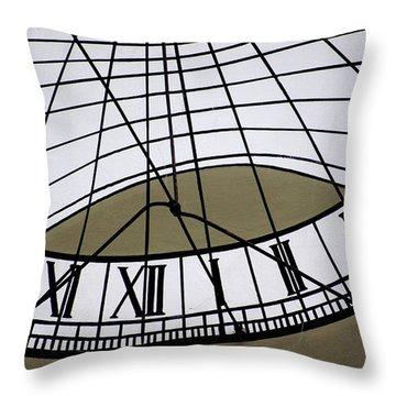 Vertical Sundial - Vertikale Sonnenuhr Throw Pillow