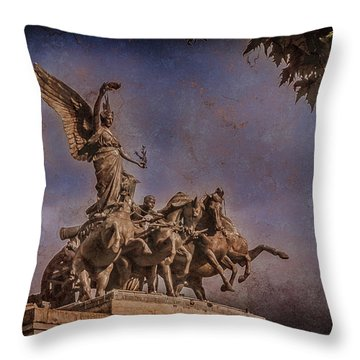 London, England - Victory Throw Pillow
