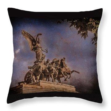 London, England - Victory Throw Pillow
