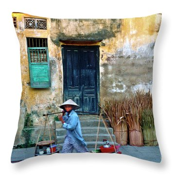 Vietnamese Street Food Sound Throw Pillow