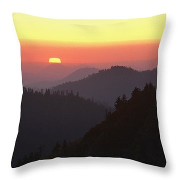 View From Moro Rock Of Sunset Sky Throw Pillow