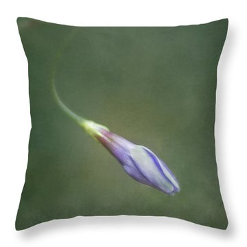 Vinca Throw Pillow