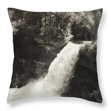 Vintage Minnehaha Falls Throw Pillow