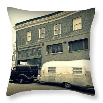 Vintage Trailer In Crockett Throw Pillow