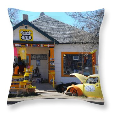 Vintage Vw Beetle At Seligman Antiques, Historic Route 66 Throw Pillow