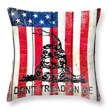 Viper On American Flag On Old Wood Planks Vertical Throw Pillow