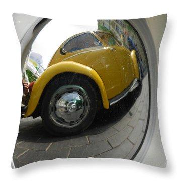 Volkswagen Beetle /18/ Throw Pillow