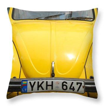 Volkswagen Beetle /9/ Throw Pillow