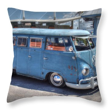 Throw Pillow featuring the photograph Vw Beach Buggy by Michael Colgate