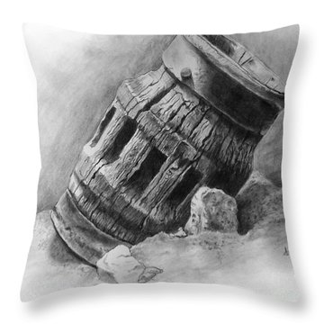 Wagon Wheel Hub Throw Pillow