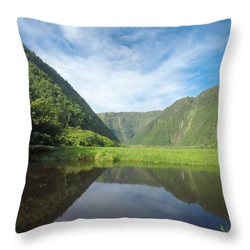 Waimanu Valley Throw Pillow