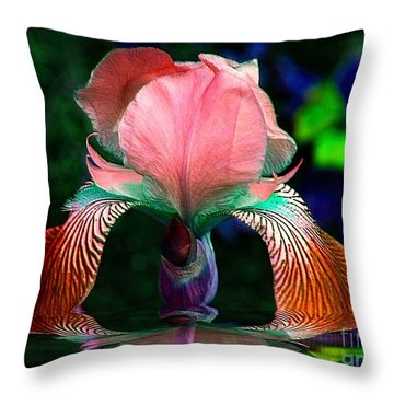 Throw Pillow featuring the photograph Waiting by Elfriede Fulda