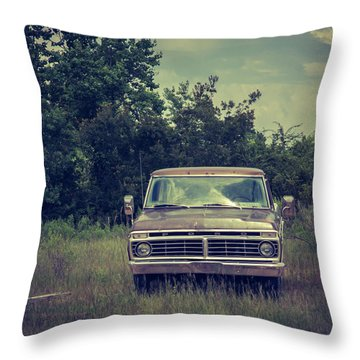 Waiting To Die Throw Pillow