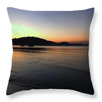 Holiday Sunset  Throw Pillow