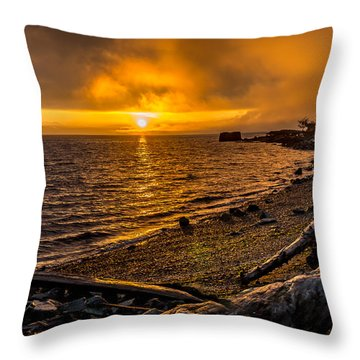 Warming Sunrise Commencement Bay Throw Pillow