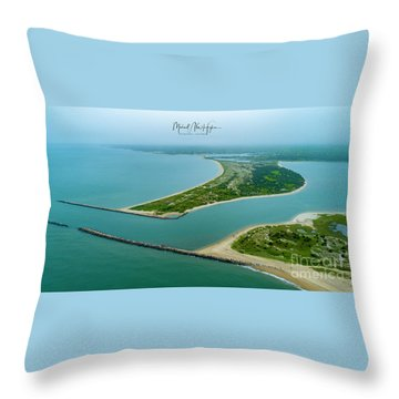 Washburns Island Throw Pillow