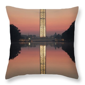 Washington Monument At Dawn Throw Pillow