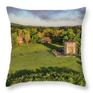 Washington's Headquarters Newburgh Throw Pillow