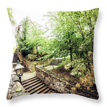 Wassertreppe Throw Pillow