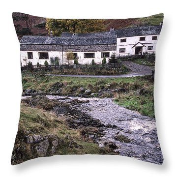Cosy Cottages Throw Pillow