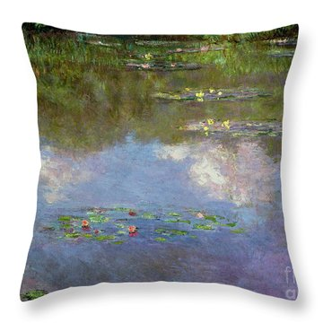 Water Lilies, The Cloud, 1903 Throw Pillow