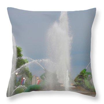 Water Spray - Swann Fountain - Philadelphia Throw Pillow by Bill Cannon
